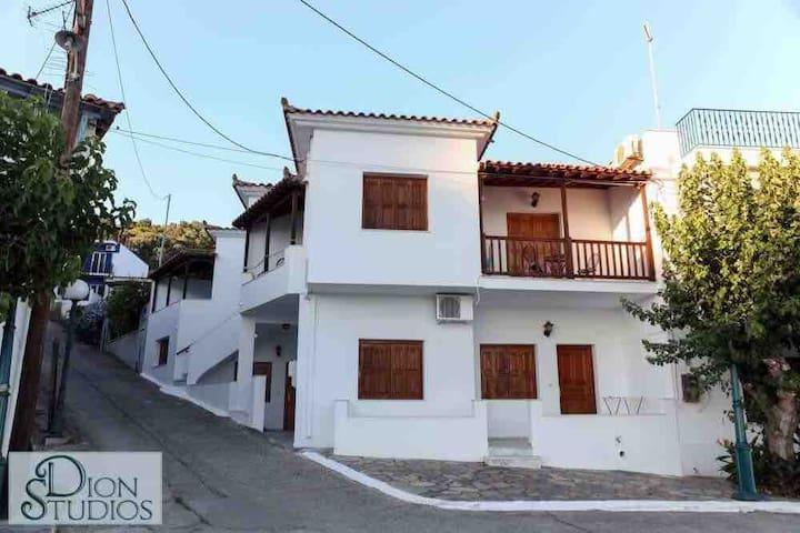 Dion Studios Skopelos