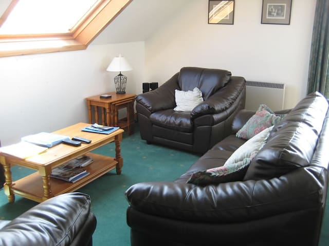 Horrie Farm Self Catering - Upper Apartment - Tankerness - Apartment