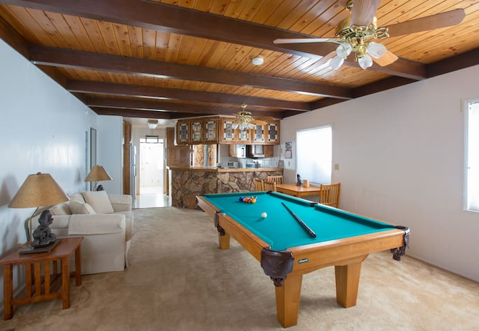 Private Room In House w/ Jacuzzi, Pool Table etc - Big Bear Lake - House
