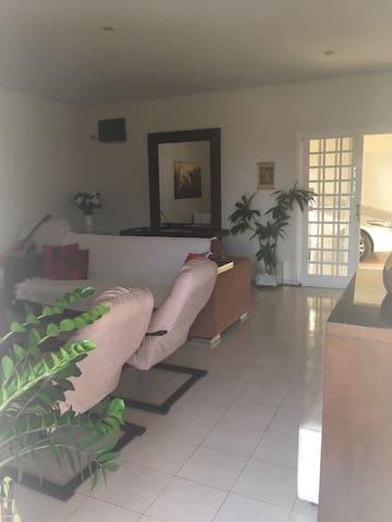 Casa Espaçosa Aconchegante em Barra Bonita