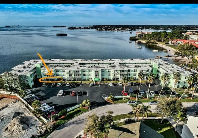 Waterfront Dolphin Point Condo