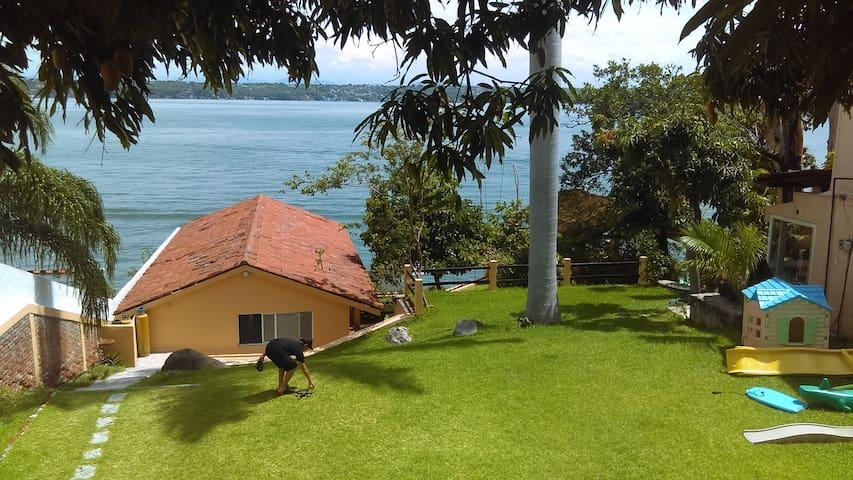 Bungalow completo en Teques a la orilla del Lago! - Tequesquitengo - Apartamento