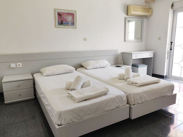 ★ Cozy Studio for 2 People 400m from Town Center