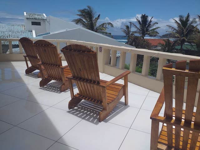 Baia do Ouro Queen Suite 2, 1 min walk to beach