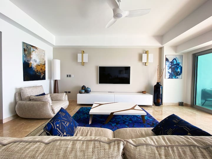 Ocean view 2 BR at The Cliff Luxury Residence