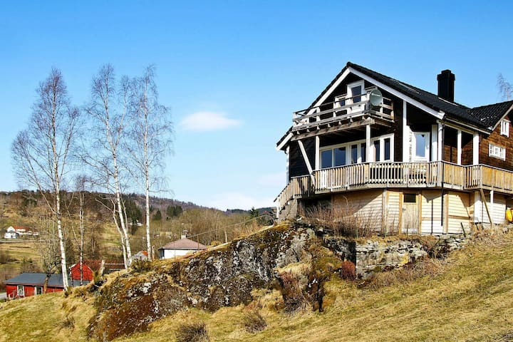 10 person holiday home in Bygstad