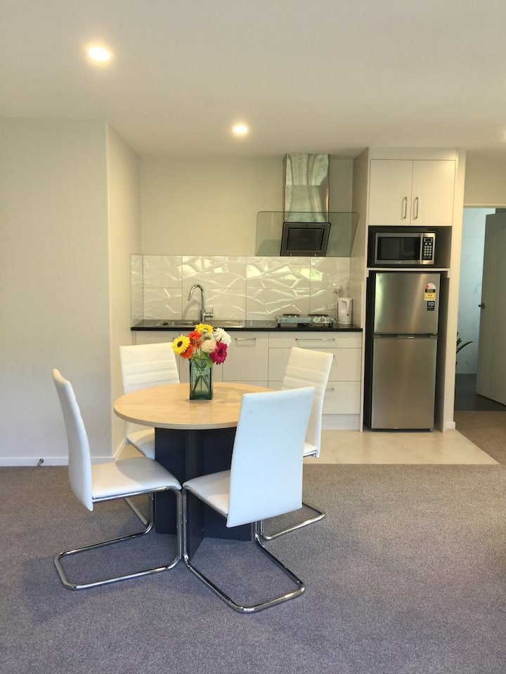 Newly built home in the heart of East Auckland