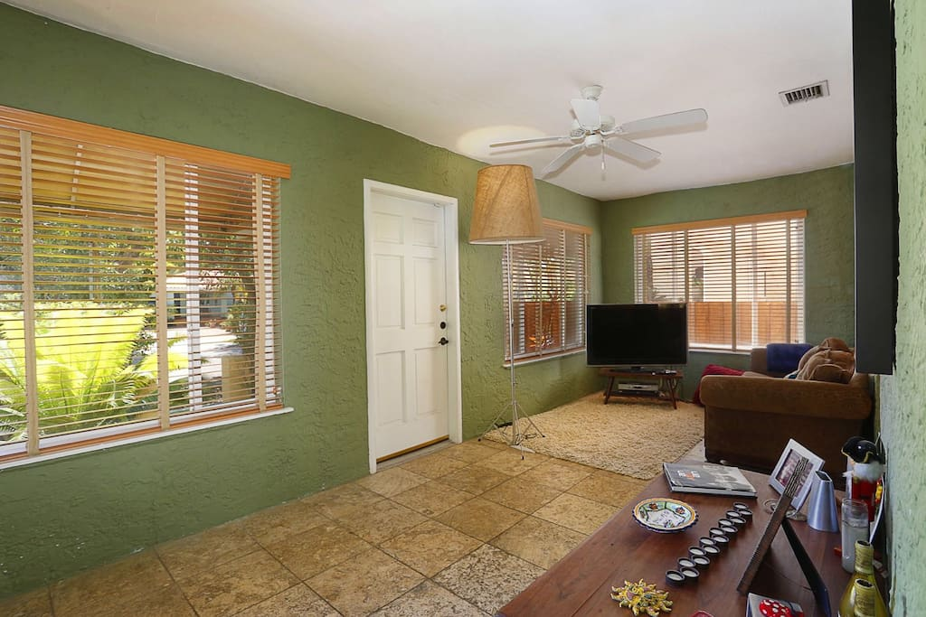 This section is the partial living room that guests have access to. Twin bed is located here.