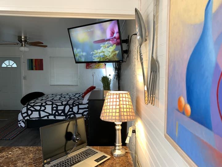The Berry Nauti Suite @ Manatee Landing Retreat
