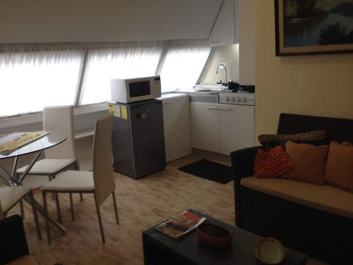 QUITO - Suite independiente Sector González Suárez