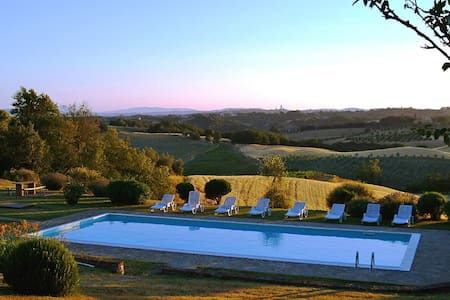 Idyllic Siena Retreat-Splendid View - Villa