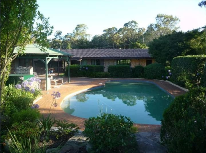 Glenorie / Dural Area House, 5 acre farm with pool