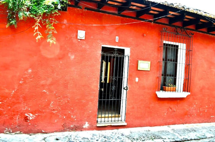 Prime Location in Historical Center!