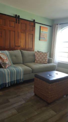 Charming Villa in Pompano Beach - Pompano Beach - Casa