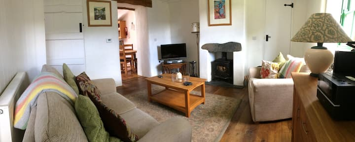 Bwthyn Bach, Self Catering Cottage