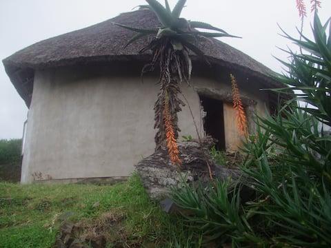 Mapuzi Surf Lodge