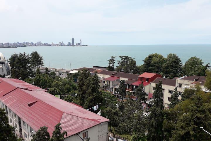 Сдаются апартаменты с видом на море и город!