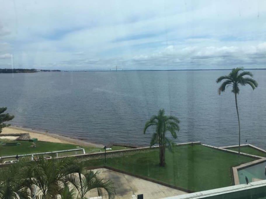 Vista do quarto para a Praia de Ponta Negra e Rio Negro