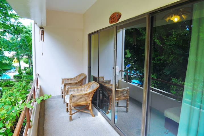 25 >> Garden view 2 Bedroom Deluxe for 3-5 guest - Tambon Patong - อพาร์ทเมนท์