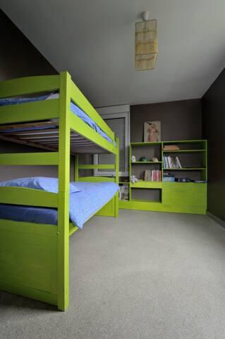 chambre pour 2 ou 3 personnes