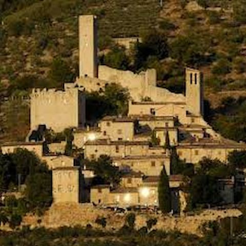 castello sulla Via di San Francesco