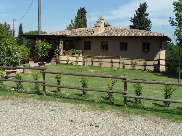 Villa Cantina- In the Heart of Chianti Country - Sciano - Villa