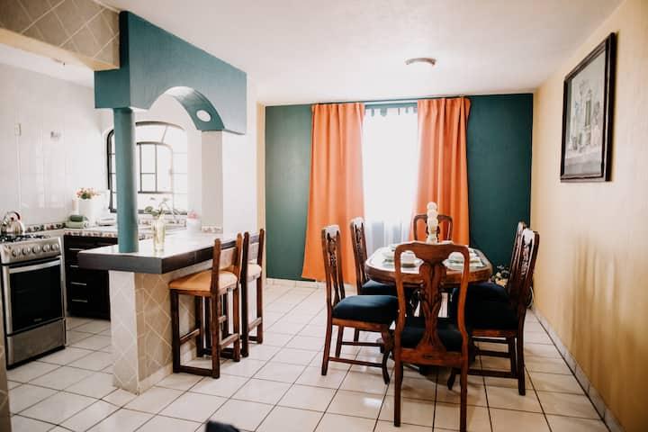 Casa Hidalgo - Depa Completo - Terraza y Cochera