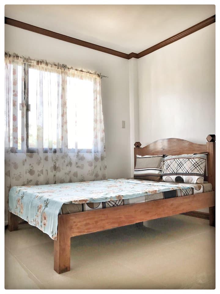 Hilongos, Leyte, PH, Apartment, MAYON Room