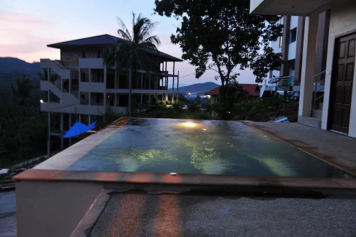 2 Bedroom Pool Apartment in Chaweng Hill Village - Ko Samui - Apartment