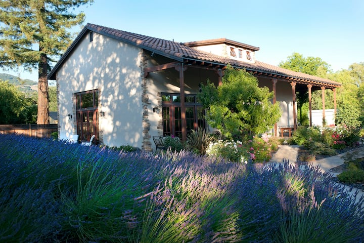 WALK to the wineries from this Winemaker's home.