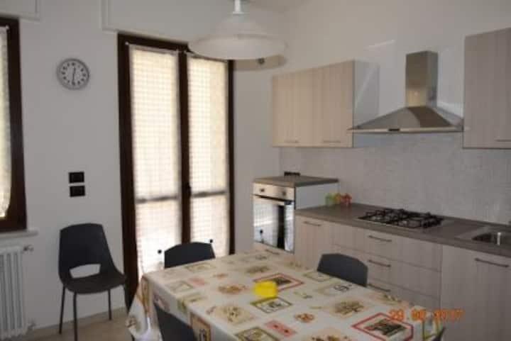 Bilocale Riva Ligure centro - alloggio A