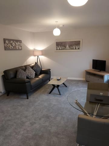 41 Home from Holm, Inverness. Apartment, Free WiFi