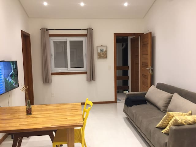 Sala de estar vista da cozinha