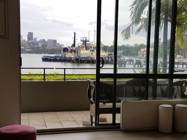 Superb apartment on the water at Balmain - Balmain - Leilighet