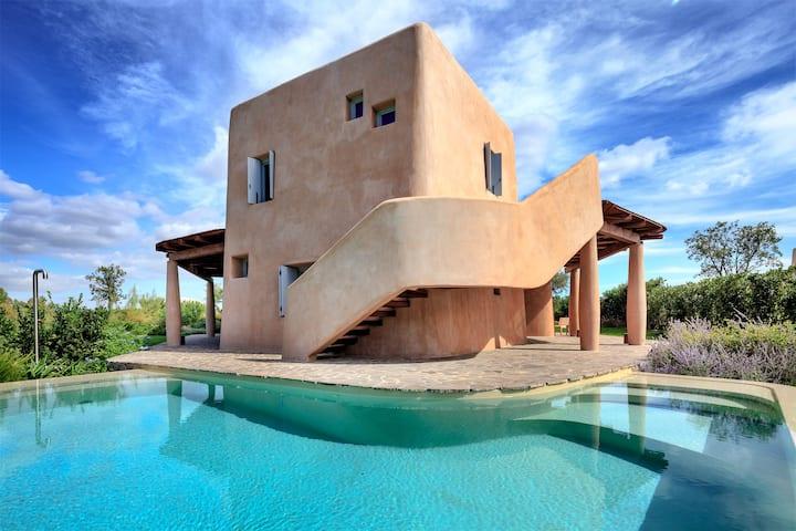 Nea, panoramic luxury villa with pool