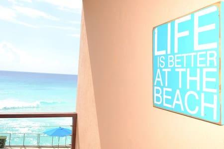 St Lawrence Beach Condos  Sea Breeze 1 bd sleeps 2 - Oistins - 公寓