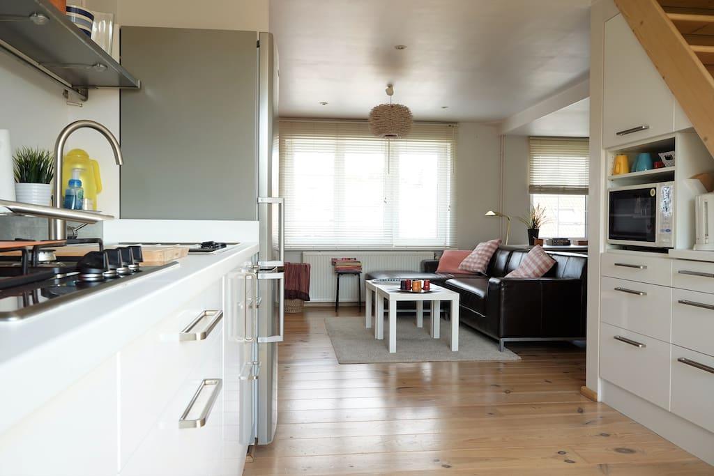 Keukenhoek + zitruimte flat