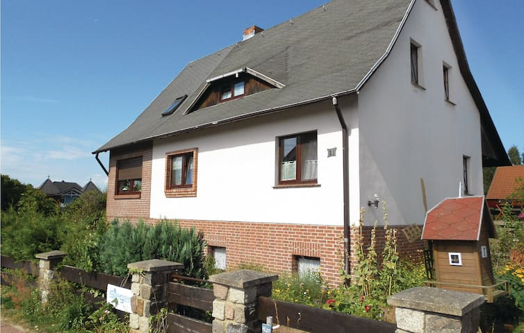 Holiday apartment with 2 bedrooms on 65m² in Koserow