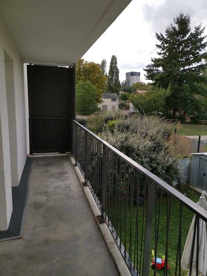Appartement 2 pièces tout confort avec terrasse