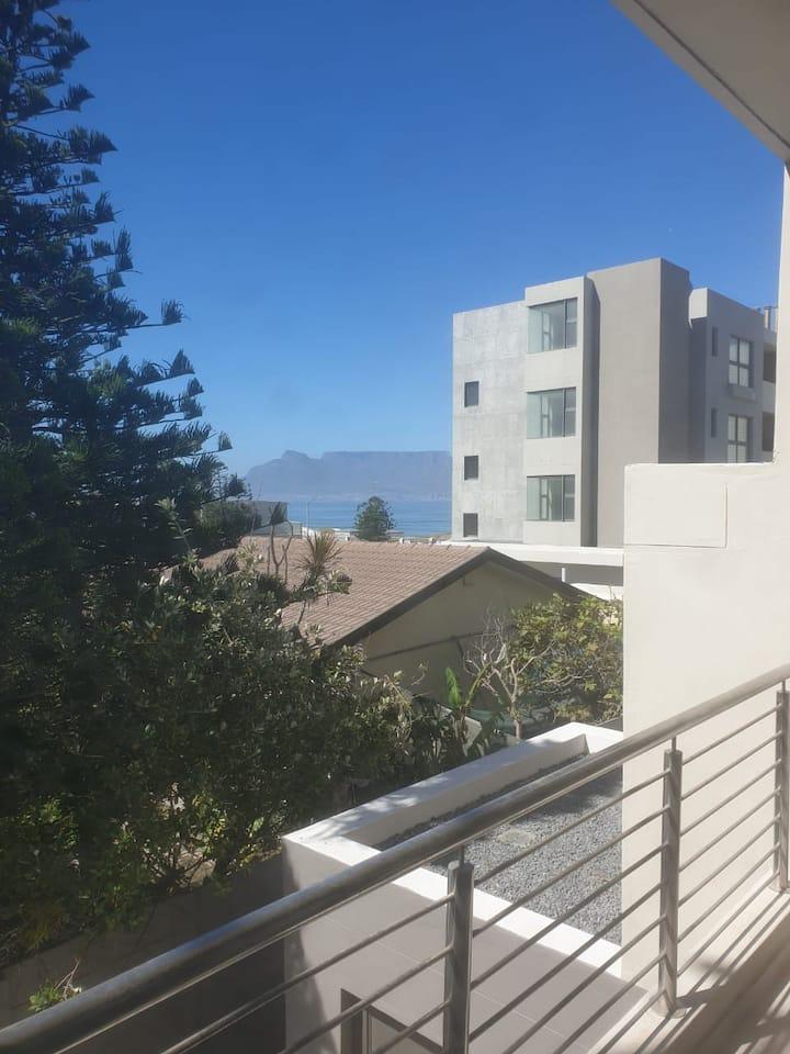Sea View Apartment(6)