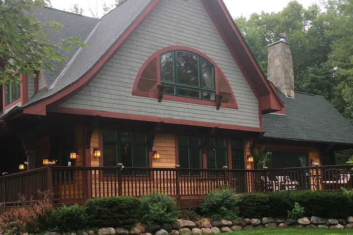 Scandia Forest Lodge-north of Stillwater & Marine