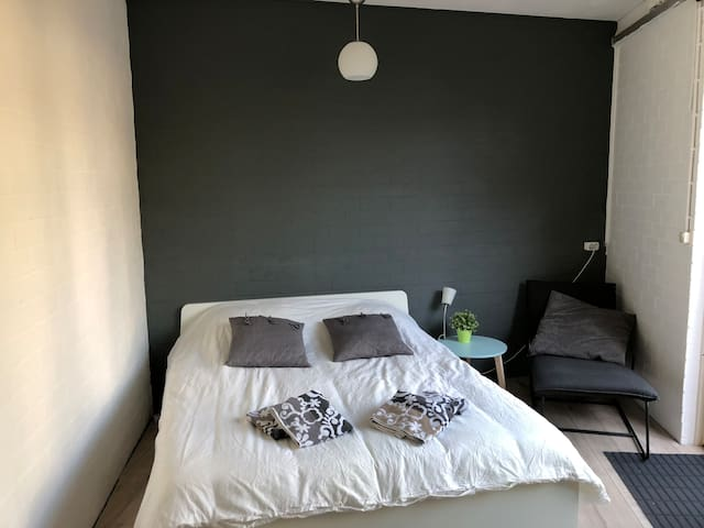 Clean guesthouse in the center of Breda!