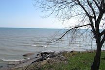 Beautiful Lake Erie Cottage