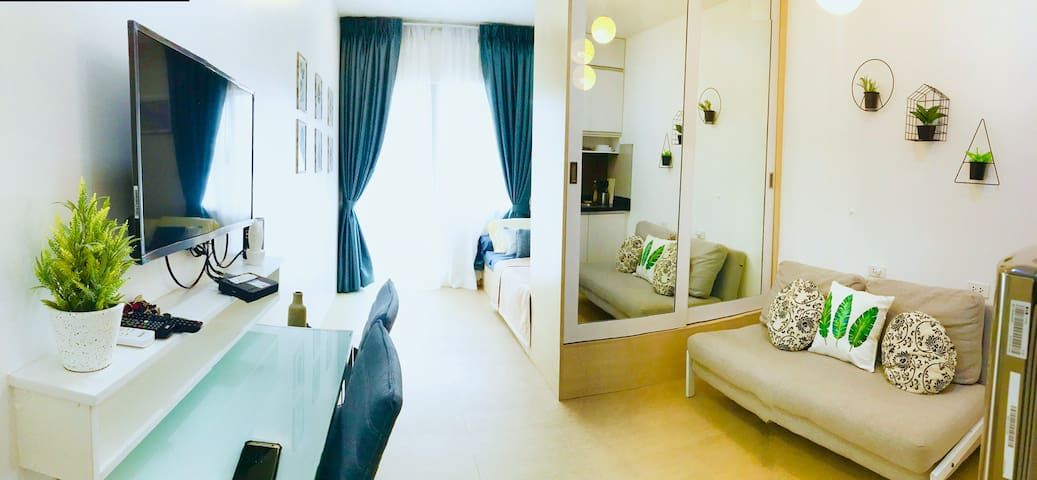 Cozy Avida Unit w/Balcony-IT Park,Cebu+FREENetflix