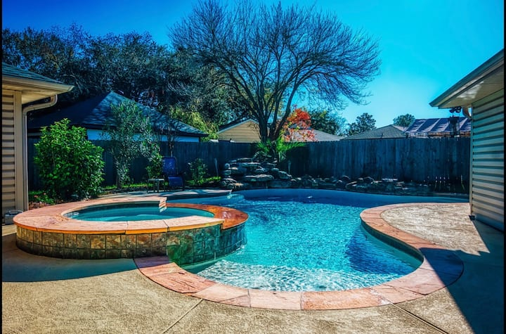 Gorgeous Clear Lake, Houston Home with Pool/Spa