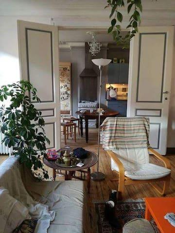 Super chambre 150 euros/semaine porte de namur - Elsene - Appartement