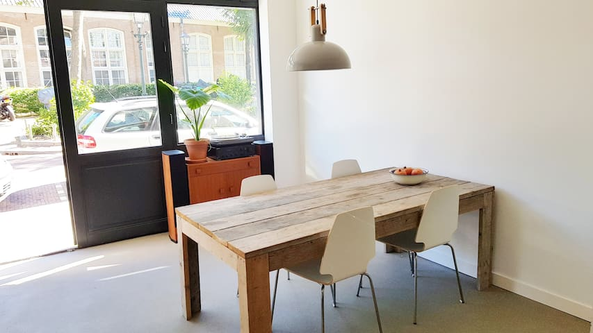 Brand new apartment in 'De Vijfhoek', city centre!
