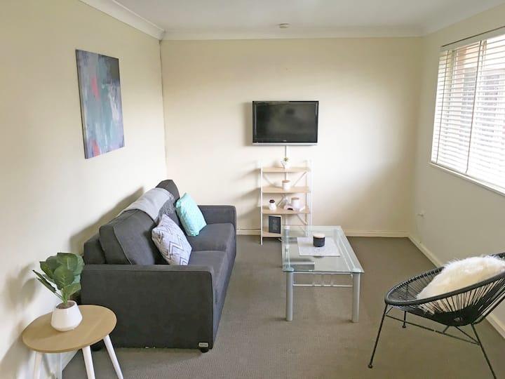 Unit #3 - Downtown Suites