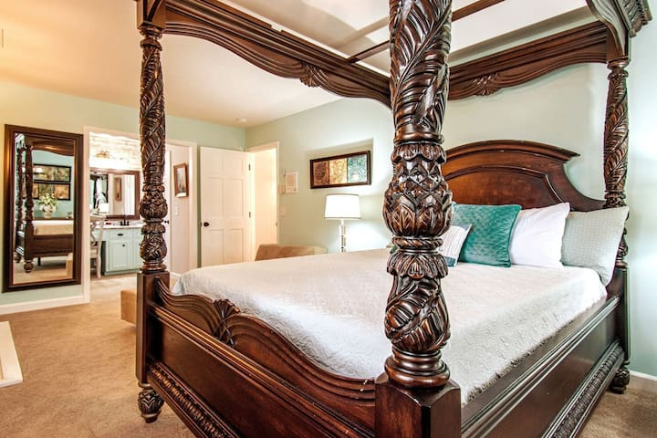 🏄♂️CLOSE TO BEACH NO CLEANING FEE! HOT🔥TUB KING SUITE RV PARKING HBO Max