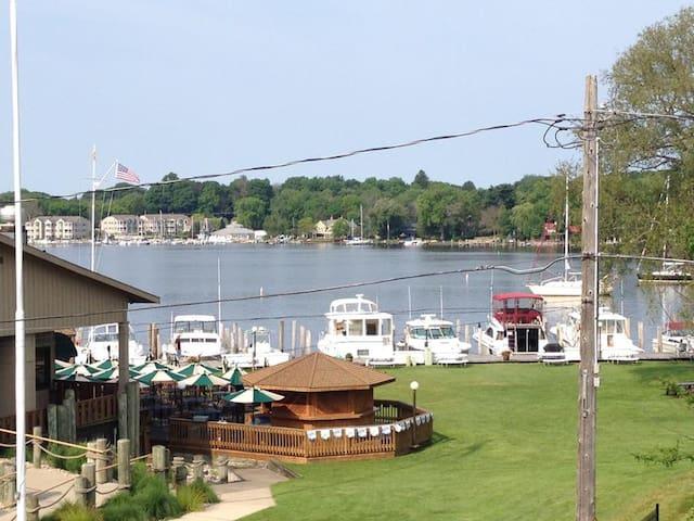 Lakeview Getaway